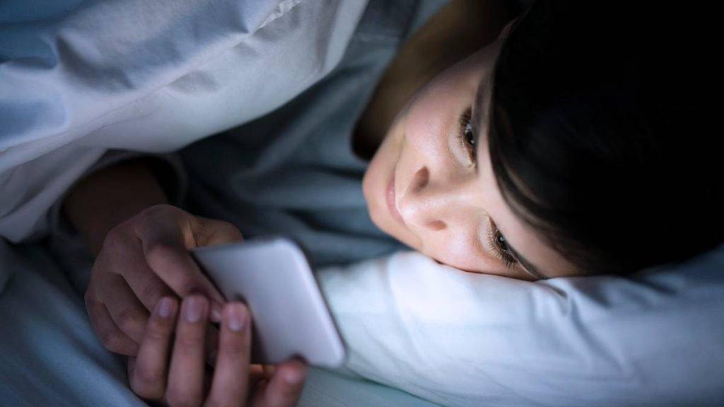 nguyên nhân khó ngủ về đêm