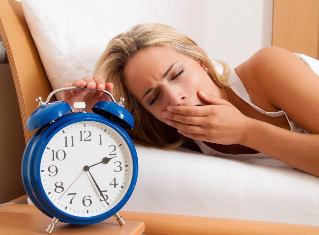 Triệu chứng mất ngủ, khó ngủ