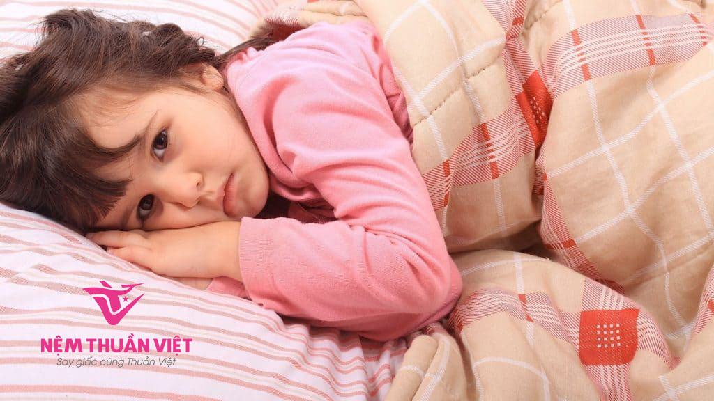 cách chữa trẻ mất ngủ khó ngủ về đêm hiểu quả tại nhà