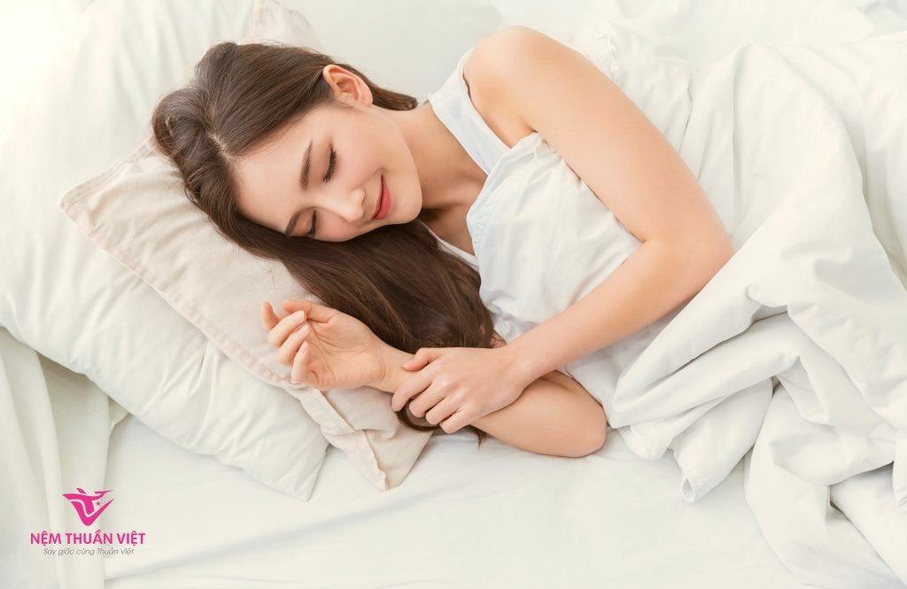 bài thuốc chữa mất ngủ kinh niên bằng phương pháp dân gian hiệu quả
