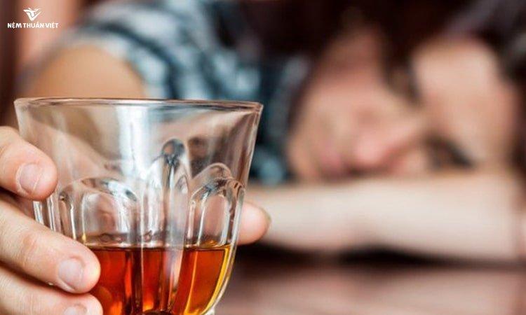 tác hại của bia rượu uống rượu mất ngủ