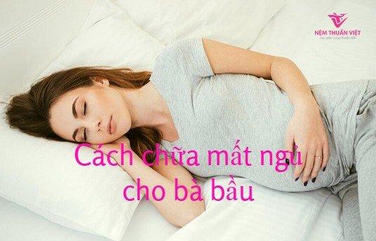 bà bầu mất ngủ khi mang thai