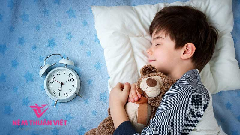 cách giúp bé ngủ ngon vào ban đêm