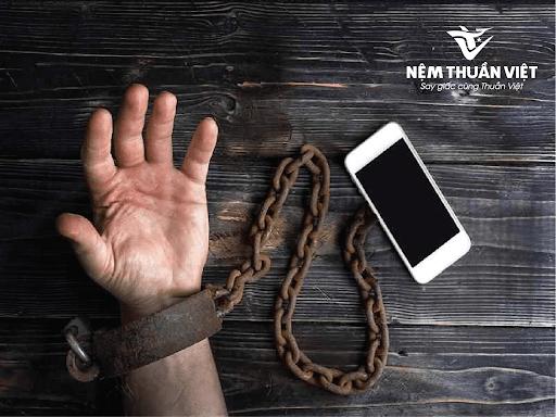 nghiện internet, nghiện sử dụng điện thoại