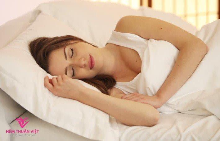 ngủ ít vẫn khỏe, ngủ ít không mệt