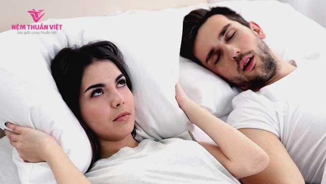 triệu chứng của bệnh ngưng thở khi ngủ