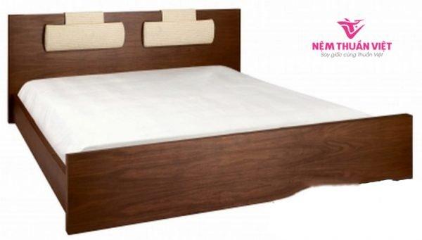 Giường Ngủ Màu Nâu Đẹp Gỗ Xoan Đào Tự Nhiên 1m6 x 2m GN310